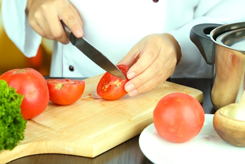 How to choose the right cutting board for you